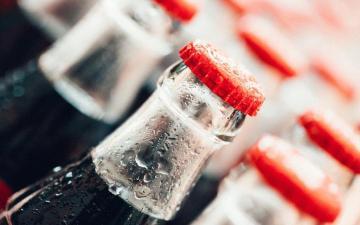 冰爽可口可乐高清图片-好运图库