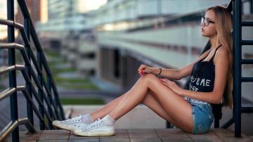 清凉夏天不可或缺的热裤美女,高清壁纸图片,欧美美女-好运图库
