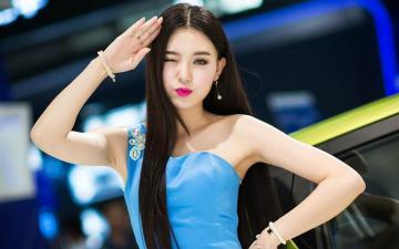 蓝色抹胸裙长发美女车模,高清壁纸图片,大陆美女-好运图库