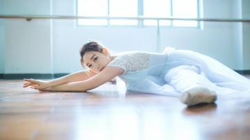 优雅芭蕾女生气质写真,高清壁纸图片,清纯美女-好运图库