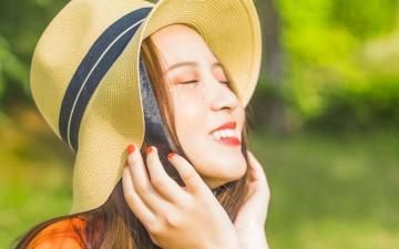 阳光治愈系美少女户外写真,高清壁纸图片,港台美女-好运图库