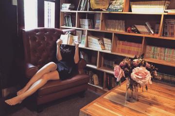 烂漫清雅的女生,高清壁纸图片,清纯美女-好运图库