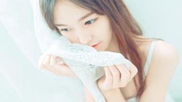 玲珑剔透可爱美女