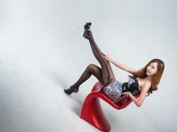 黑丝袜美女-高清壁纸图片-可爱美女-好运图库