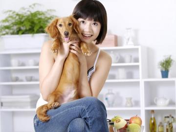 女人与宠物的生活,高清壁纸图片,大陆美女-好运图库