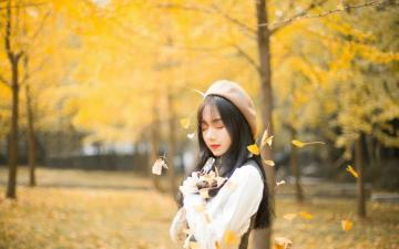 银杏树下的美女,高清壁纸图片,大陆美女-好运图库