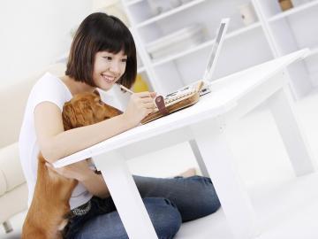 可爱的美女与狗狗合集,高清壁纸图片,清纯美女-好运图库