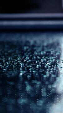 地面雨滴特写,锁屏图片,高清手机壁纸,风景-好运图库