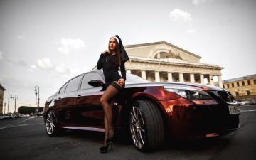 城市道路汽车与美女-好运图库