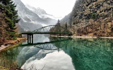 河流小桥风景壁纸