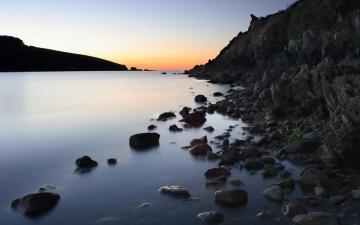 海岸礁石风景壁纸